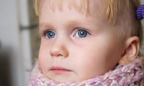 Болит горло у ребенка? Возможно это ларингит.