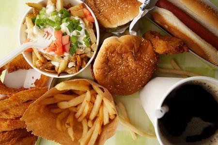 Неправильное питание приводит к гастриту